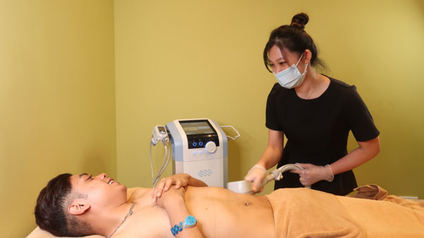 Men's Expressions Exilis Body Toning treatment